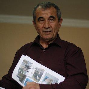 Akzam Turgunov