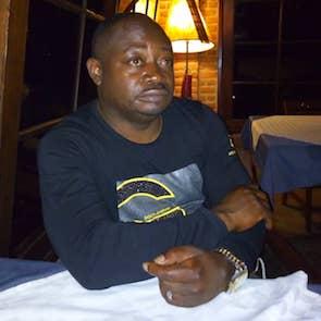 Leon Nkubiri Mbeba