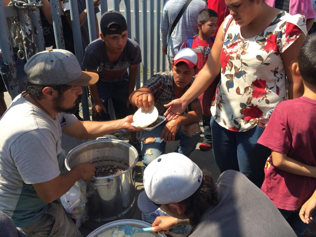 feeding migrants